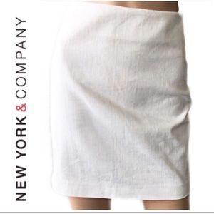 ❤️ New York & Company White Mini Skirt Size 2